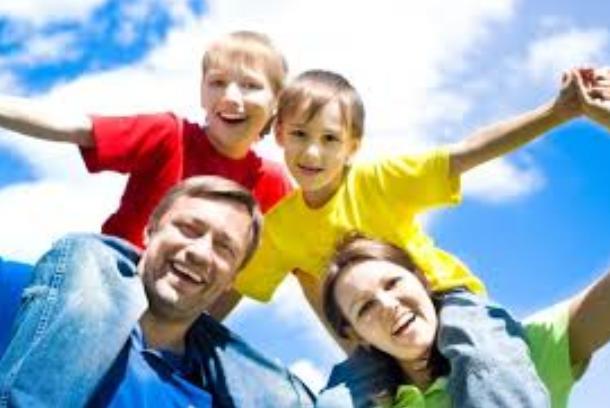 You are currently viewing Зачем  семья современному человеку?  Как выстроить гармоничные отношения между мужчиной и женщиной